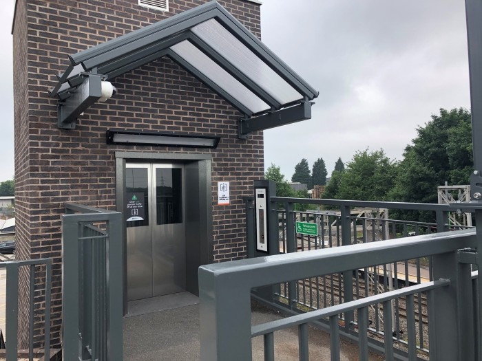 New passenger lifts open at Lichfield Trent Valley station